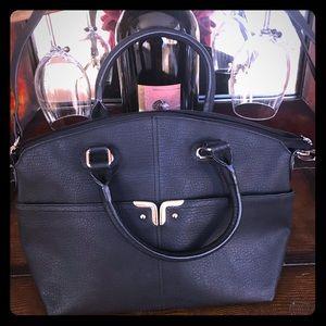 Handbags - Crossbody purse with handles new